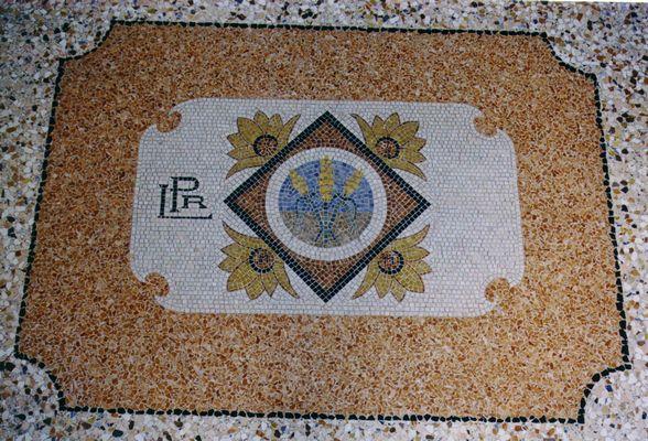 Pavimenti mosaico pavimento mosaico pzpietra naturale for Pavimenti a mosaico per interni